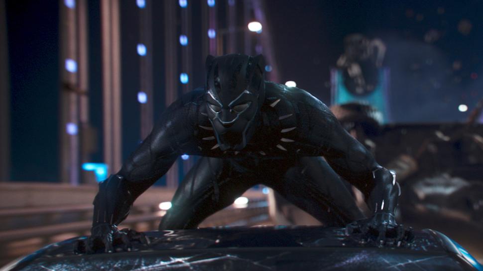 black panther scena macchina